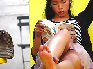 Candid Asian Soles Feet Upskirt in Park Sexy