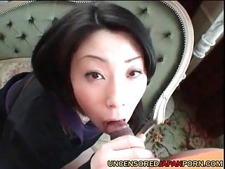 Uncensored Japanese Porn Teen AV idol pussy close-up