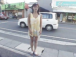 Yukari Sakurada Exhibition Cum Walk 1