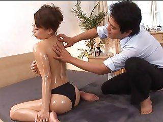 Aroma Oil Massage MAKO Censored