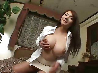 Shapely Japanese beauty gets cumshots