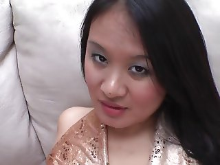 Stuffing Squirting Asian Pussy