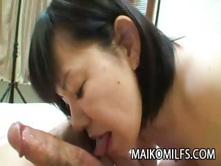 Yoshie Tabata Horny Mature Japanese Receiving A Warm Creampie