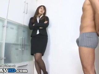 Jav secretary gives perfect blowjob to lucky co worker