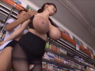 Hitomi Tanaka Busty As Can Be